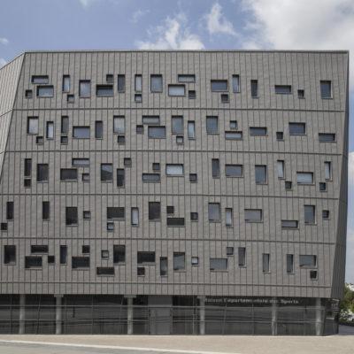 Maison départementale des sports « Nelson Mandela », Pierres vives. Architecte : Chabanne et Partenaires