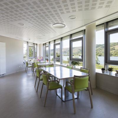 Ephad Notre dame de l'isle,   Vienne. Architectes : ASKIA - Sylvain Defelix. Maitre d'ouvrage : Oeuvre du bon pasteur de Vienne