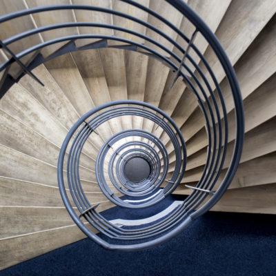 "Escalier ""Volute bleue"""